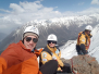Флаг школы «Морозко» на вершине горы Мусса-Ачитара